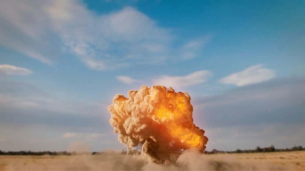 آموزش شبیه سازی انفجار گرد و غبار زمینی در مایا