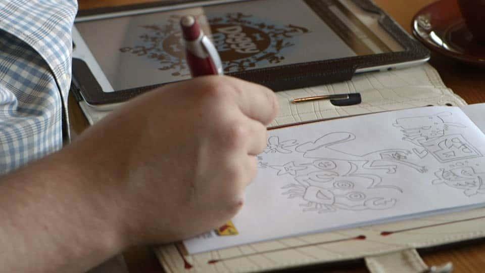 آموزش جرقه خلاق: فون گلیچکا ، طراح مصور