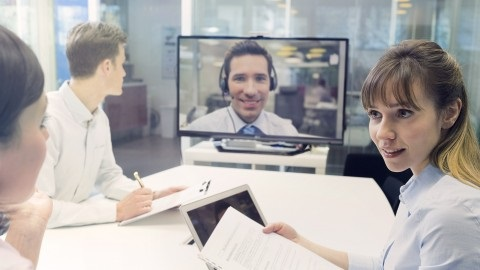 آموزش سخنرانی عمومی - مدیران با تکنولوژی بالا می توانند فصیح باشند