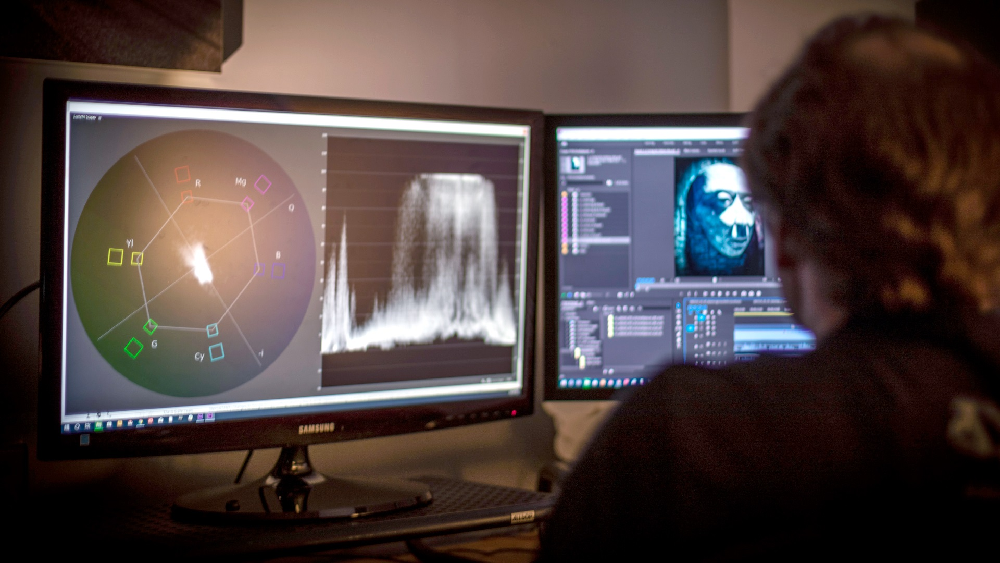 آموزش Premiere Pro Guru: رفع مشکلات رنگ و نوردهی فیلم