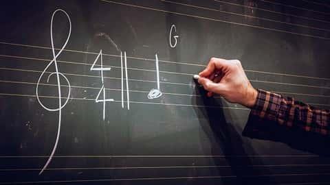 آموزش تئوری موسیقی - مبتدی، متوسط، و پیشرفت های پیشرفته