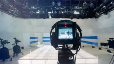 آموزش رسانه: در تلویزیون خوب به نظر می رسد- آماده شدن برای دوربین